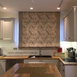 Εκλπηκτικό ρόμαν πολύχρωμο με λαχούρια και φάσες, στόλισμα στην κουζίνα!